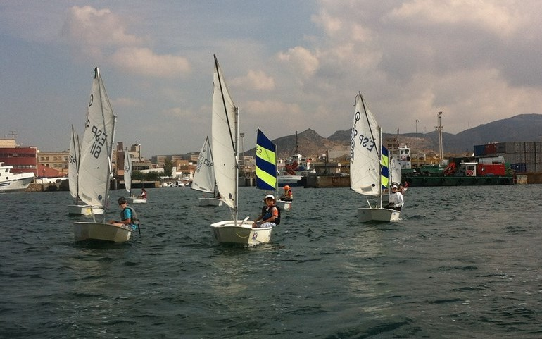 El equipo de Optimist del CNMM vuelve a coger trofeo en el TAP de Cartagena