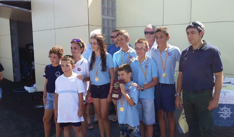 Equipo de Optimist del CNMARMENOR Campeón Regional por Equipos
