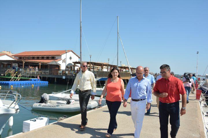 El Consejero de Turismo Juan Hernández, visita las instalaciones del CNMARMENOR con motivo de una mesa de trabajo en dicha sede