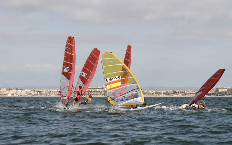 Surfari. Campeonato de España Techno, Raceboard, Fórmula y Rs:X. Fotos Aurelio Terry.
