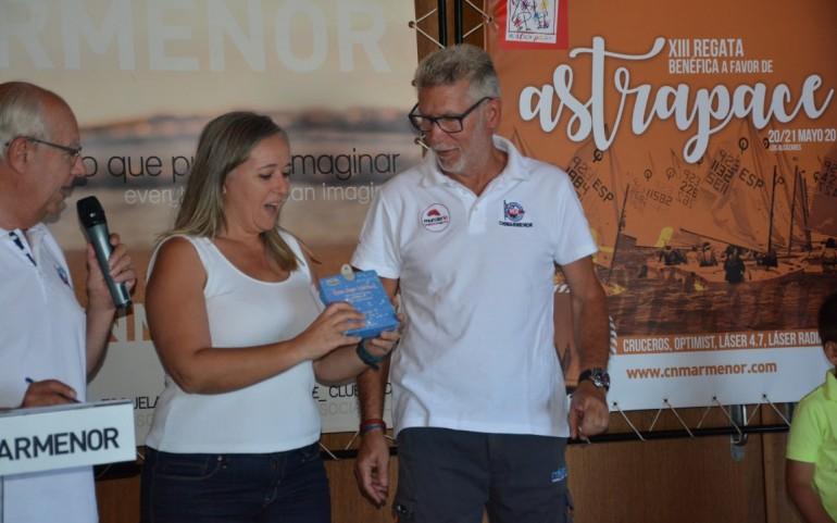 Entrega trofeos de los Cruceros y sorteo regalos (Fotos: Jorge)