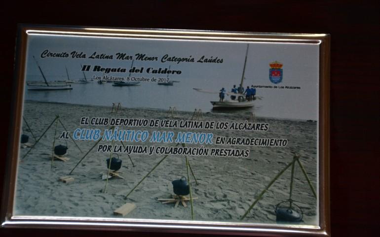 """Los latinos protagonizan la """"Regata del Caldero"""" alcazareña (Fotos: José Mª Falgas)"""