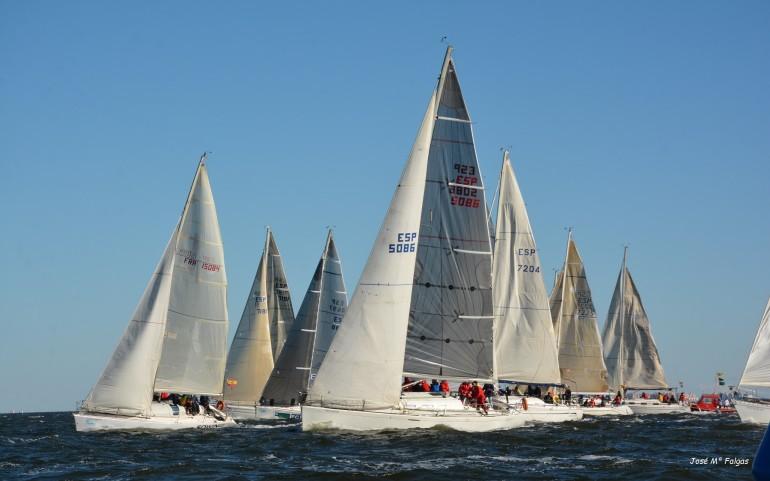 El XXIV Trofeo Carabela de Plata del 4 de Noviembre 2017 al 5 de Mayo 2018 en aguas del Mar Menor en Los Alcázares