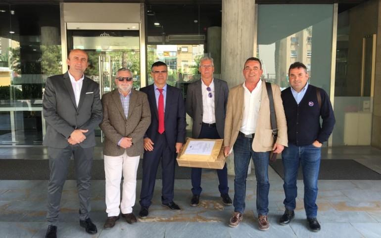 El Club Náutico presenta la documentación para la renovación de la concesión