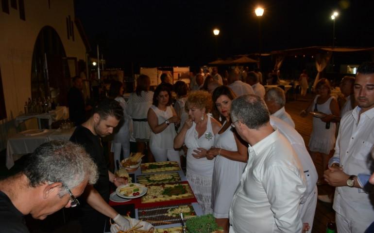 """Reportaje de la cena-fiesta """"Ibicenca"""" en el CN Mar Menor (Fotos: José Mª Falgas)"""
