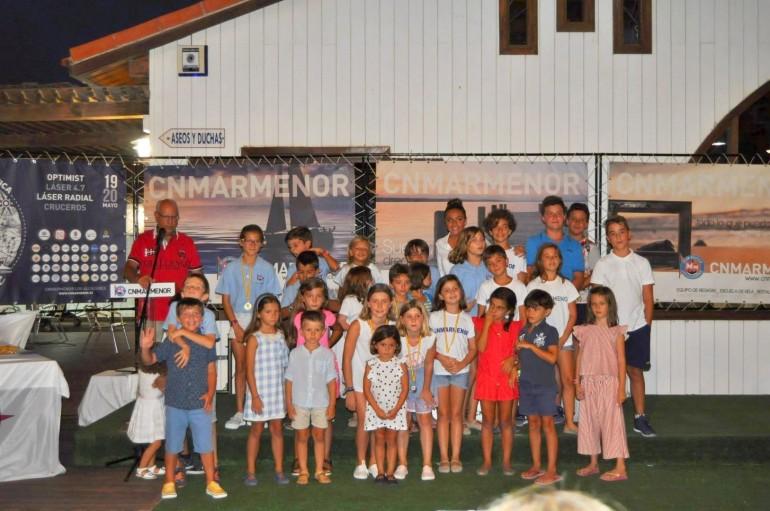 Entregados los trofeos de las regatas de verano y campeonatos sociales