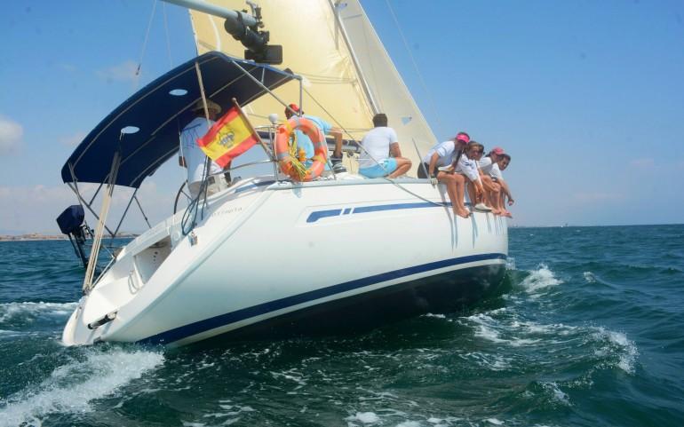 El crucero 'Olimpia' primero en tiempo real en la Regata #yosoydelmarmenor