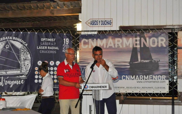 Tarde de trofeos y premios en los campeonatos y regatas de verano (Fotos: Ángela Corbalán)