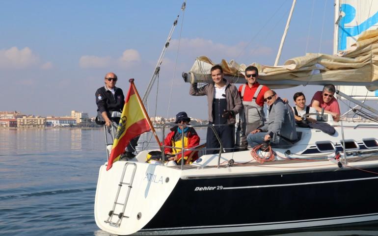 """Poco viento en la 3ª prueba """"GP DFM Rent a Car"""" del XXVI Carabela (Fotos: Falgas)"""