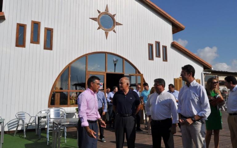 La Mesa del Turismo se reúne en el C.N. Mar Menor con el Presidente de la Comunidad Autónoma