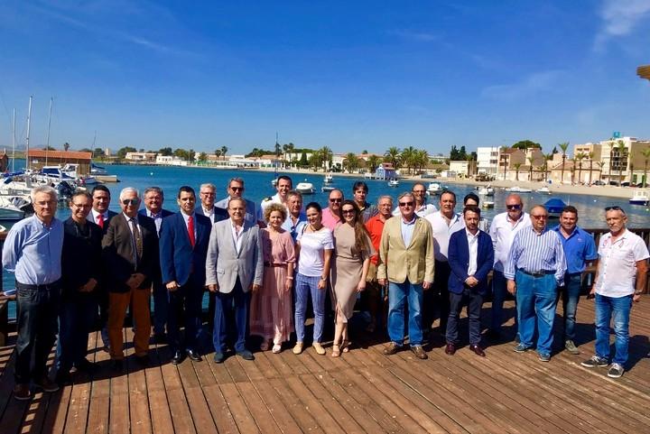 La Mesa Náutica, se reúne en la sede del Club Náutico Mar Menor de Los Alcázares
