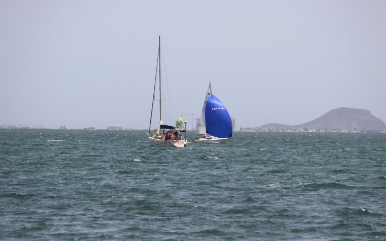 Competición y barbacoa centró la regata #yosoydelmarmenor (Fotos: Falgas e Inés)