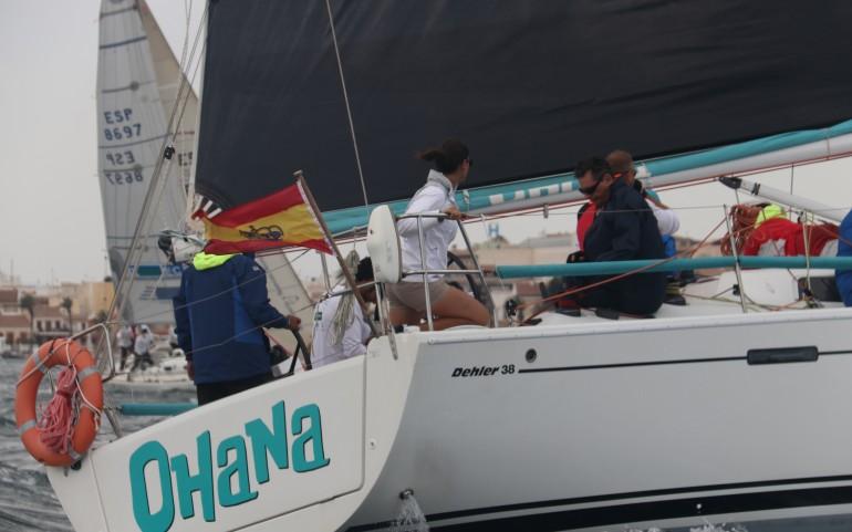 Ultima regata del Trofeo Carabela 2021 con invitados a bordo de la Patrulla Águila (Fotos: Falgas)